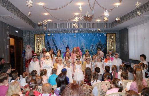 """Рождественский спектакль-сказка """"Морозко"""" в Воскресной школе"""