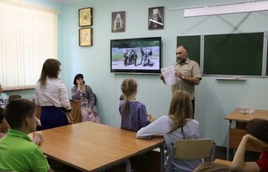 """Награждение участников ВПК  """"Страж"""" при Воскресной школе"""